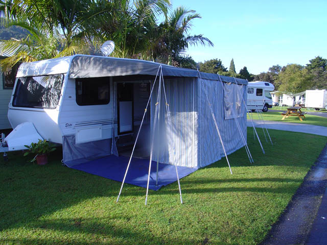 caravan_awning_on_site
